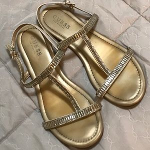 Guess sandals 💕